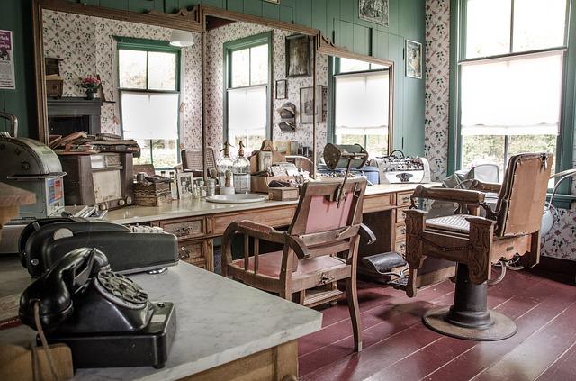 kadeřnictví ve starožitném stylu